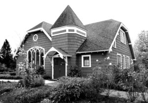 Heritage House LR
