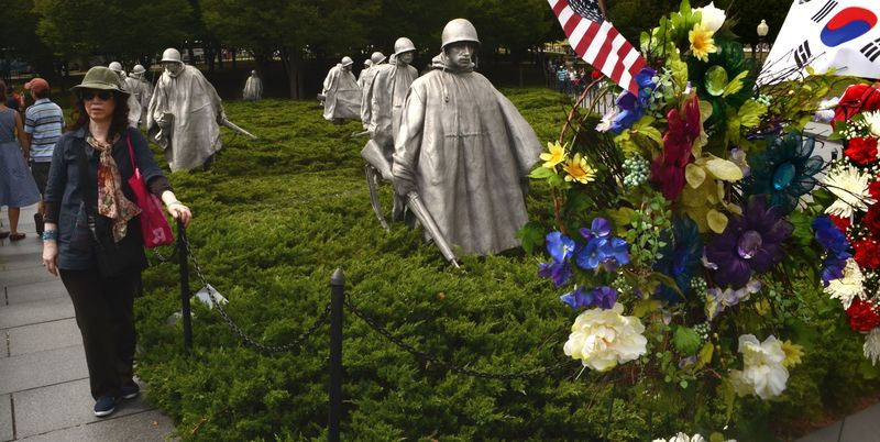 Memorial 1 LR